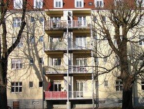 Karree Saarbrücken - 6 Stahlbalkontürme